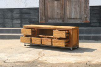 TV-Möbel aus Teakholz